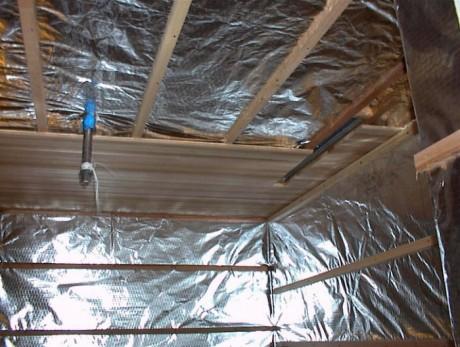 Гидроизоляция-стен-и-потолка-бани