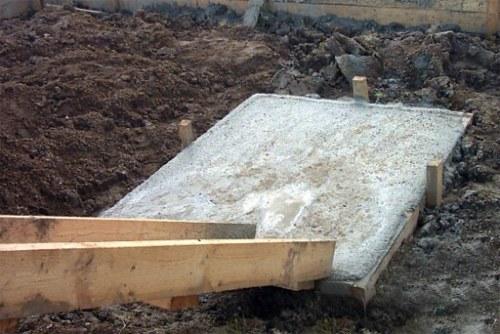 butobetonnyi-fundament-pod-pech
