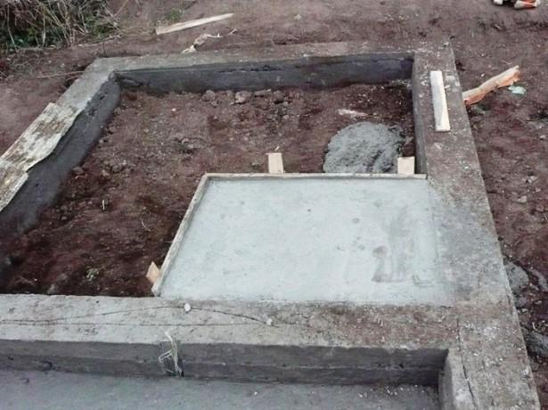 kakoy-fundament-dlya-pechi-v-banyu-vybrat-i-kak-ego-sdelat-615x460