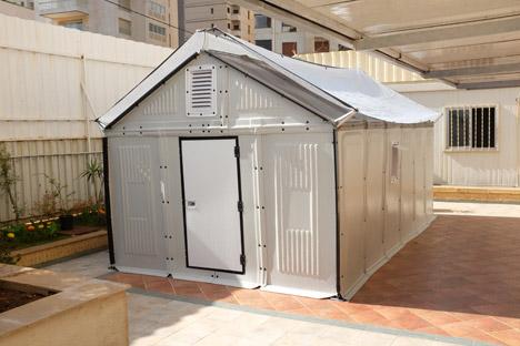 Better Shelter Ikea Foundation and UNHCR dezeen 468 11