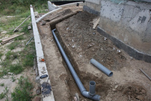 prokladka-kanalizatsionnih-trub