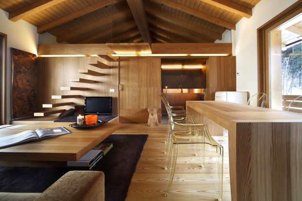 wood-interior-design-trend-with-photos-of-wood-interior-remodelling-in-gallery-e1445399562336