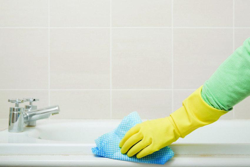 Как почистить плитку в ванной от налета в домашних условиях