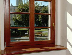 окна дешевле деревянных