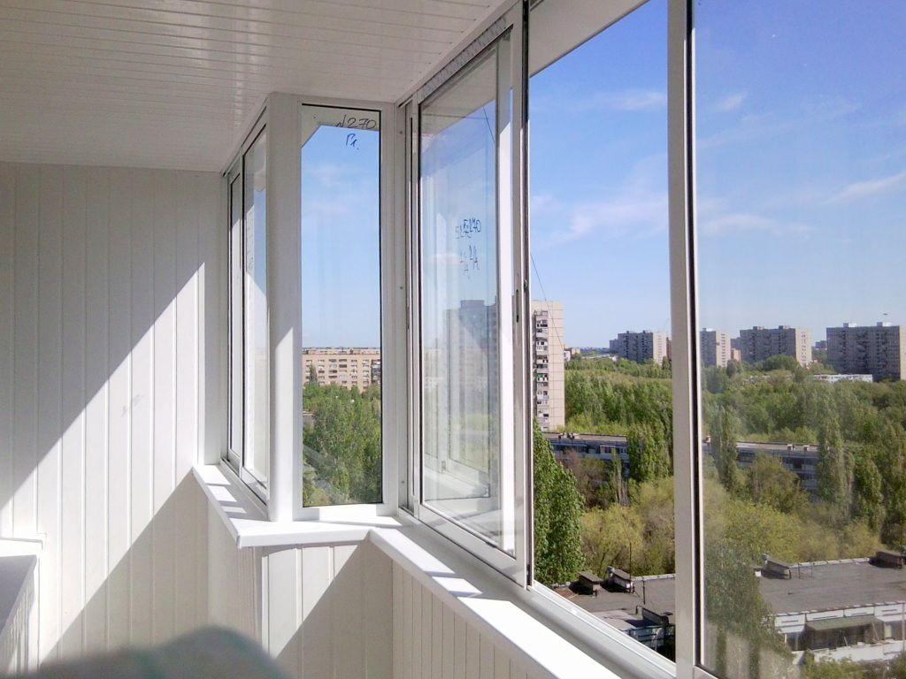 Остекление балкона в зеленограде: ключевые этапы и разновидн.