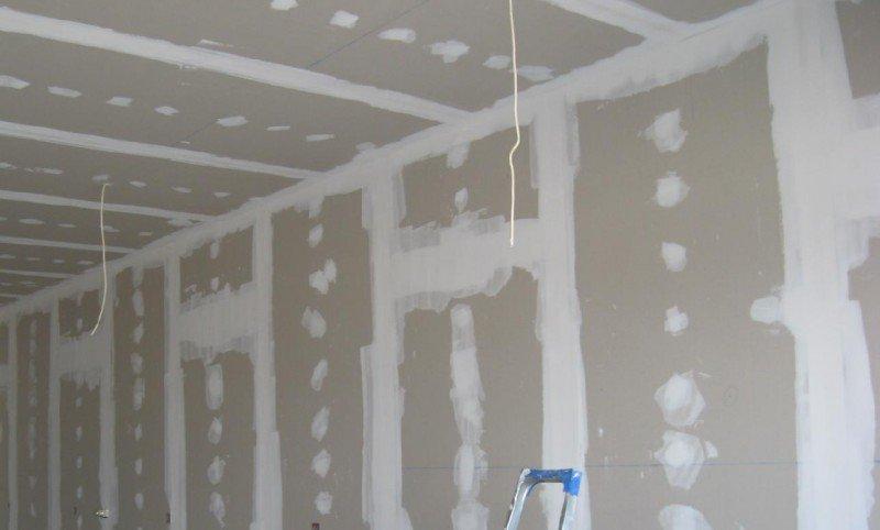 Как штукатурить стену из гипсокартона