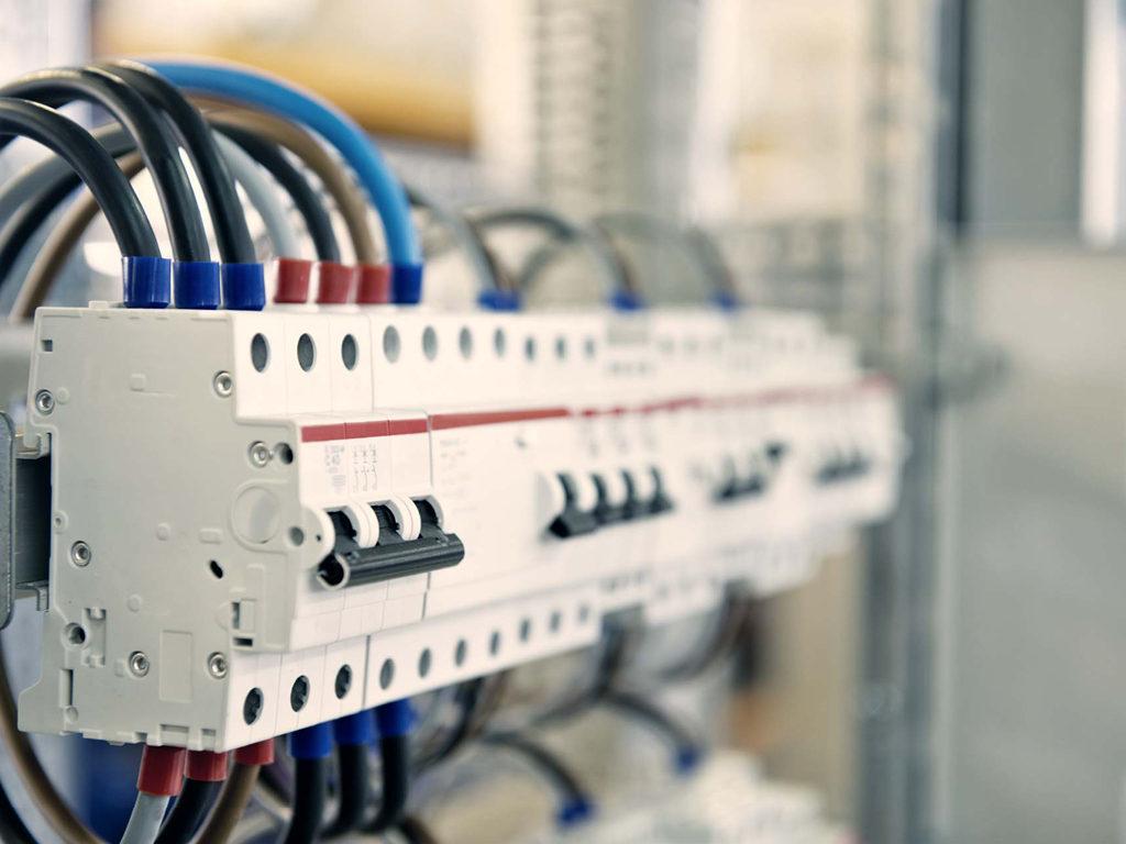 Система электроснабжения: что нужно учесть перед установкой